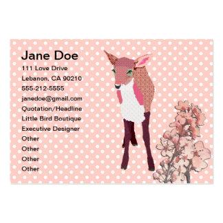 Cartões de visitas da jovem corça da flor de cerej