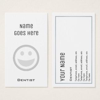 """Cartões de visitas """"essenciais"""" do dentista"""
