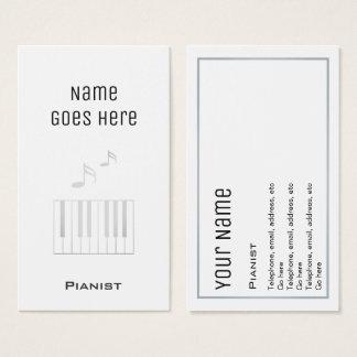 """Cartões de visitas """"essenciais"""" do pianista"""