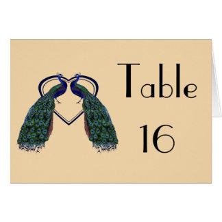 Cartões dobrados pavão do número da mesa do