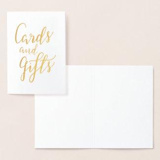 Cartões e casamento escrito à mão do roteiro dos