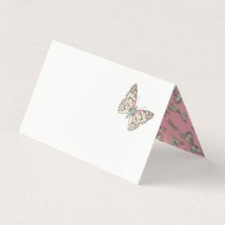 Cartões pintados do lugar do convidado do rosa da