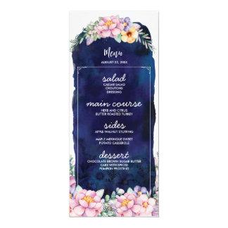 Cartões pintados florais do menu do casamento dos