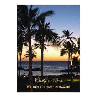 Cartões tropicais do anúncio do casamento do convites