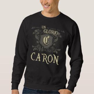 Casa CARON. Camisa do presente para o aniversário