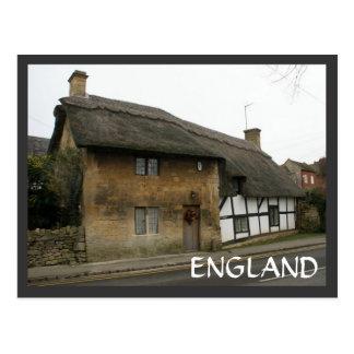 Casa de campo Thatched Cartão Postal