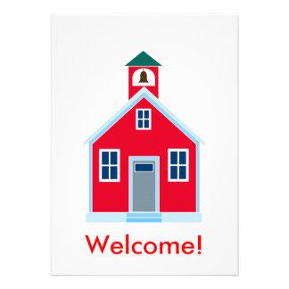 Casa vermelha da escola convites personalizado