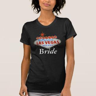 Casado na camisa fabulosa da noiva de Las Vegas