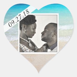 Casado pela etiqueta do coração da foto do mar adesivo coração