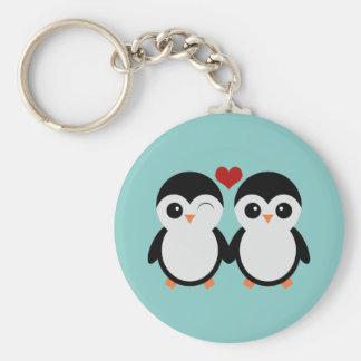 Casal do pinguim chaveiro