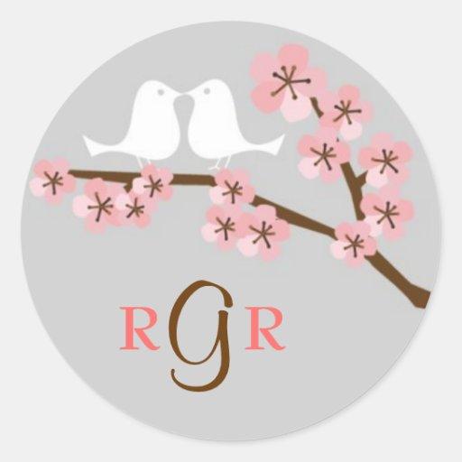 Casamento do jardim da flor de cerejeira adesivo redondo