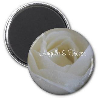Casamento do rosa branco ímã redondo 5.08cm