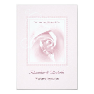 Casamento do rosa do rosa convite 12.7 x 17.78cm