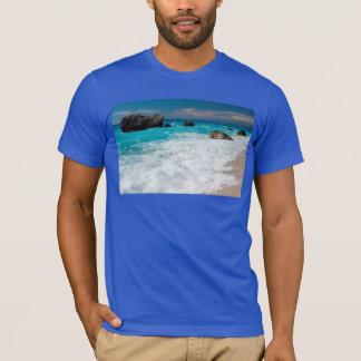 Casamento havaiano bonito do surf da água da praia camiseta