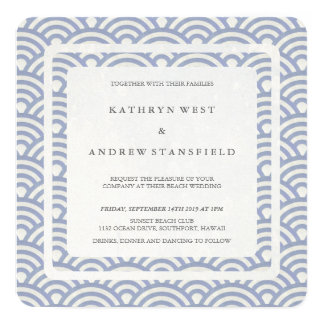 Casamento moderno das ondas estilizados azuis convite quadrado 13.35 x 13.35cm