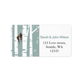 Casamento no inverno da árvore de vidoeiro dos etiqueta de endereço