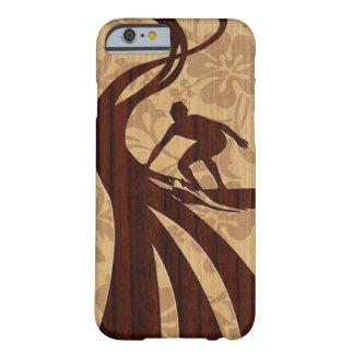 Caso de madeira do iPhone 6 da prancha do surfista Capa Barely There Para iPhone 6
