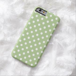Caso do iPhone 6 das bolinhas no verde de Capa Barely There Para iPhone 6