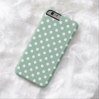 Caso do iPhone 6 das bolinhas no verde de jade Capa Barely There Para iPhone 6