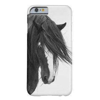 Caso do iPhone 6 do cavalo selvagem do retrato de Capa Barely There Para iPhone 6