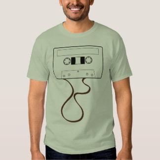 Cassete de banda magnética desenrolada t-shirt