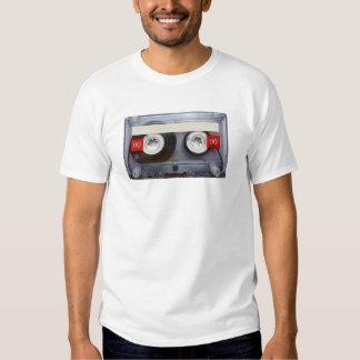Cassete de banda magnética retro do divertimento t-shirt