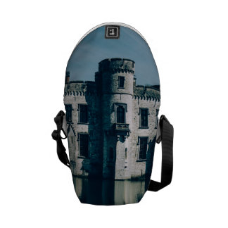 Castelo azul pela água bolsas mensageiro