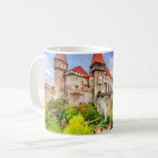 Castelo clássico de Corvin da caneca