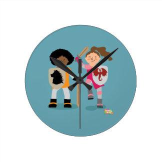 Cavaleiro das meninas para fora relógio redondo