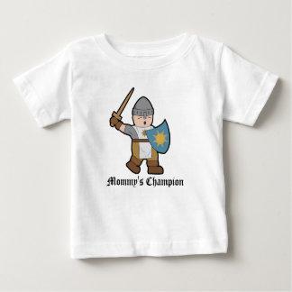 Cavaleiro dos desenhos animados do campeão da mamã tshirts