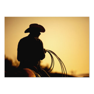 Cavaleiro e corda do cavalo no por do sol convite 12.7 x 17.78cm