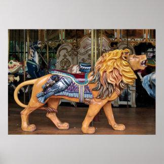 Cavalo/animal do carrossel do leão rujir pôster