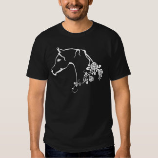 Cavalo árabe t-shirts