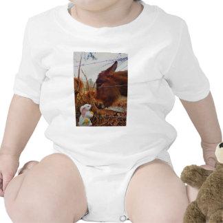 Cavalo & coelhinho da Páscoa diminutos de Brown Macacãozinho Para Bebês