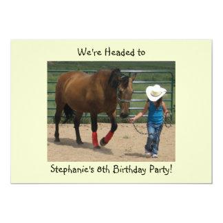 Cavalo de Tennessee e menina de passeio - partido Convite 12.7 X 17.78cm