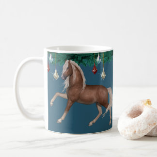 Cavalo do Palomino na caneca azul