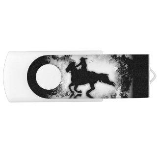 cavalo e cavaleiro de galope do rodeio do pen drive giratório