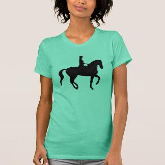 Cavalo e cavaleiro do adestramento de Piaffe Camiseta