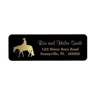 Cavalo ocidental dourado do prazer no preto etiqueta endereço de retorno