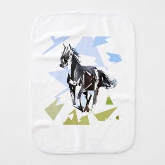Cavalo preto paninho de boca