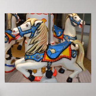 Cavalos do carrossel do Kiddie Pôster