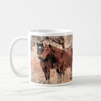 Cavalos Nuzzling Caneca De Café