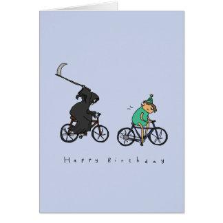 Ceifador no cartão de aniversário escuro do humor