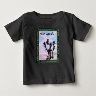 Céltico alba alba de Saltire do cardo de Gu Bràth Camiseta Para Bebê