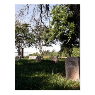 Cemitério da borda da estrada cartão postal