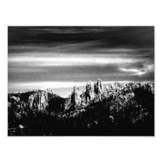 Cena da montanha em B W Arte De Fotos