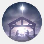 Cena da natividade do comedoiro do Natal Adesivo Redondo