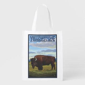 Cena do bisonte - parque nacional de Yellowstone Sacolas Reusáveis
