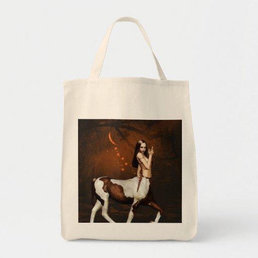 Centauro no bolsa do mantimento da noite
