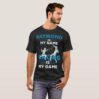 Cercando o presente conhecido do roupa da camisa